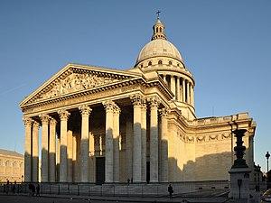fachada do panteão em paris