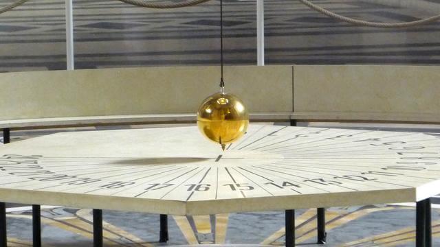 panteão pendulo foucault